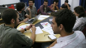 Collaborative design sessions, with students at Design School - UEMG, 2012